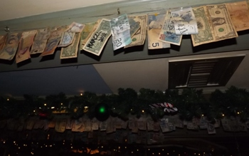 Bills stretched across rafters at Bulldog Leidsplein