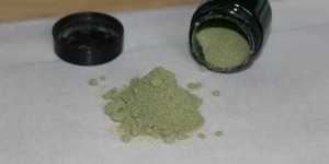 Feature Image how to make hash from kief