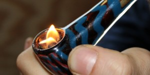Kieh hash on fire in glass pipe