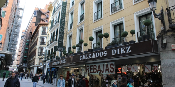 Cool street scene in Madrid