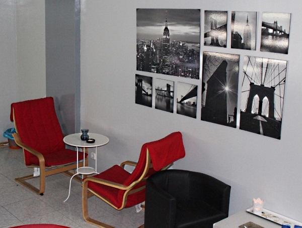 More seating and artwork at Los Secretos de Maria in Madrid Spain