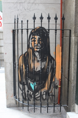 Trapped girl graffiti in Madrid Spain