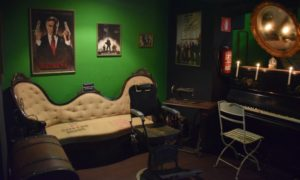 Antique area at Weeds BCN cannabis club