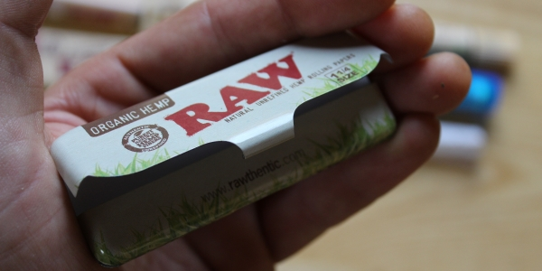 RAW rolling paper tin from Dollar High Club