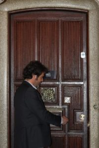 Oriol opening the door to Casa Paralua