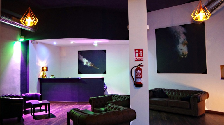 Review: Blue Magic Cannabis Club, Barcelona