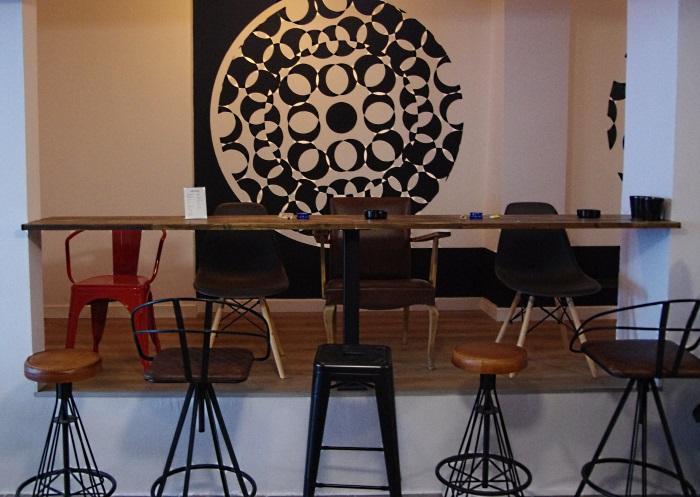 Upper nook seating area at Tresor cannabis club in Barna