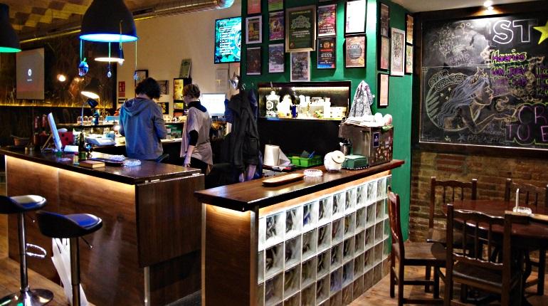 StarGrass BCN Cannabis Club Review