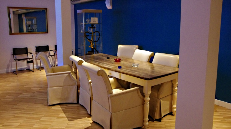 Featue Image for Mon Ami Cannabis Club Review Barcelona