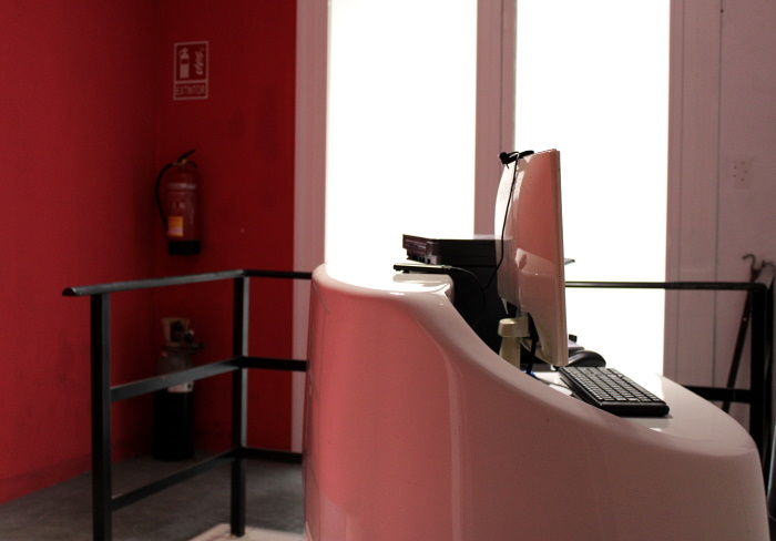 The reception desk of Sonora smoking club in Madrid