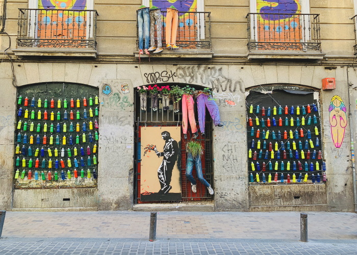 Calle del Pez is one of the most well-known streets in the neighbourhood of Malasaña