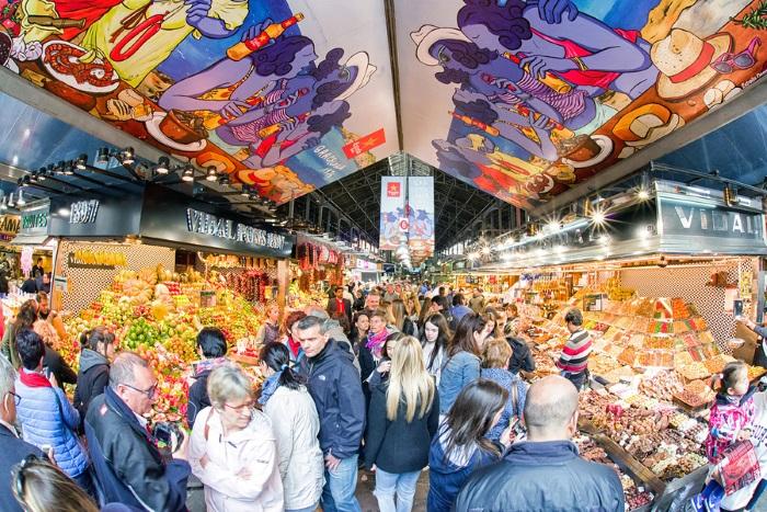 LaBoquieria Market in Barcelona Spain